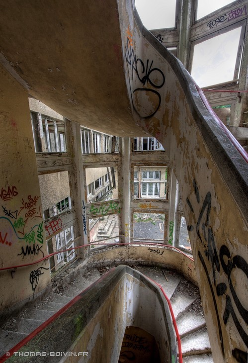 sanatorium-du-vexin-by-t-boivin-23.jpg