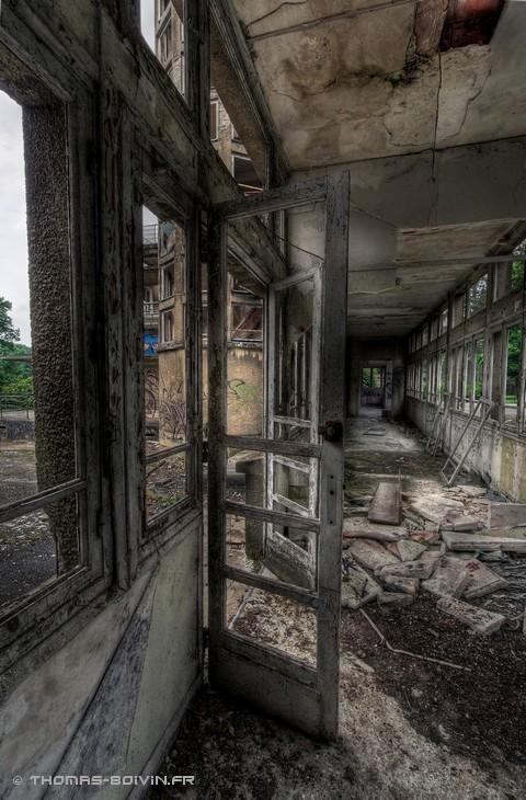 sanatorium-du-vexin-by-t-boivin-3.jpg