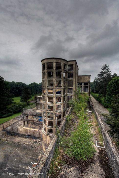 sanatorium-du-vexin-by-t-boivin-7.jpg