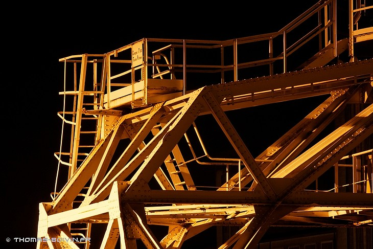 port-de-rouen-by-night-by-tboivin-17.jpg